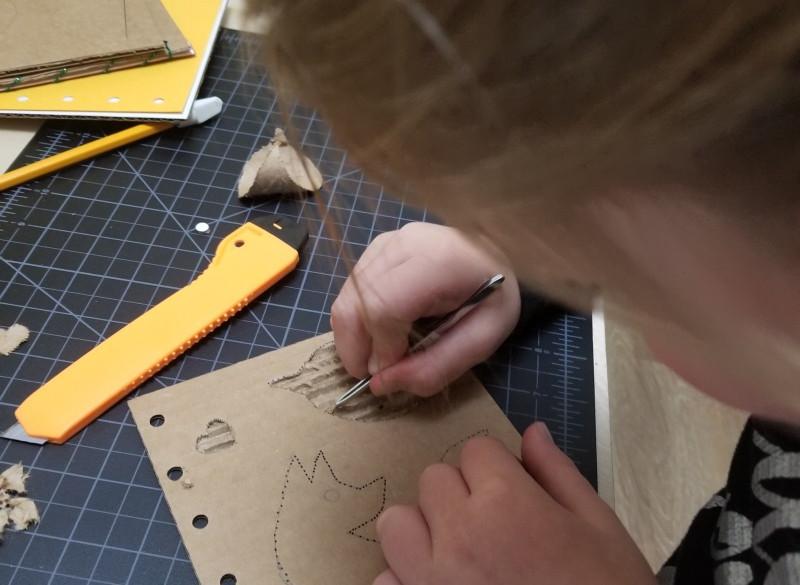 Kids_workshop_06-_©AlinesCardboard_–_201