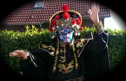 Bian Lian Zauberer Kiel New Blue Mask.jpg