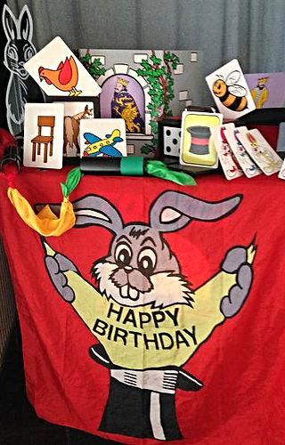 Kinderzauberer Tonga Kiel Geburtstag, Geburtstagszauberer Kiel
