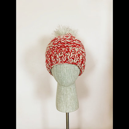 Beanie : red and white