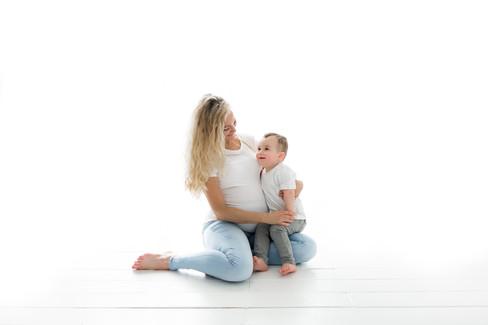 Family Baby Bump Photoshoot