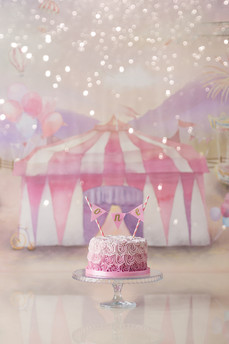 Carnival themed cake smash session