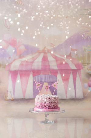 Carnival themed cake smash session