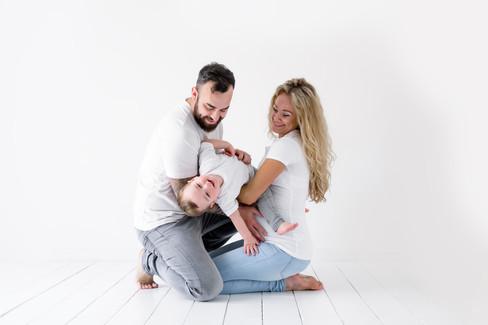 Family Maternity Photoshoots