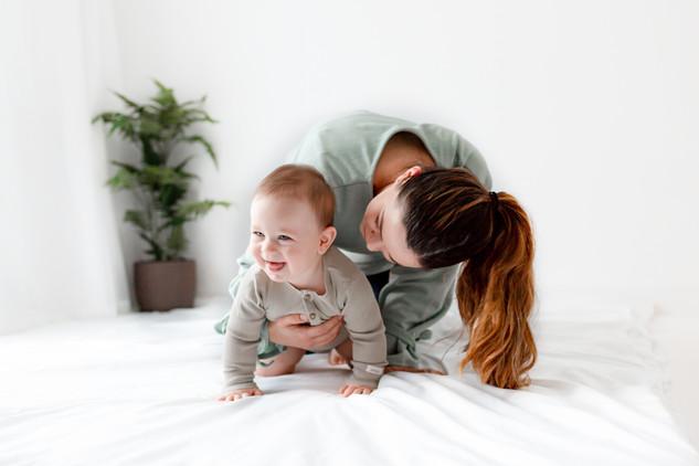 mum and baby photos