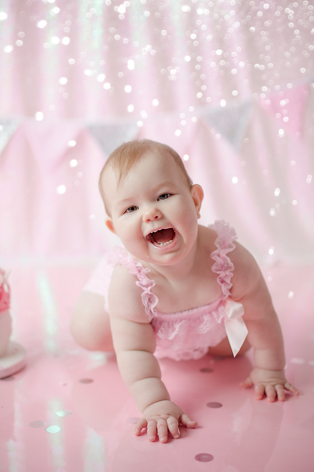 adorable smiles | bromley cake smash and splash photo shoot