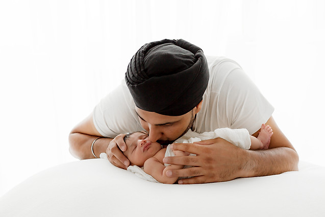 Newborn photo shoot kent