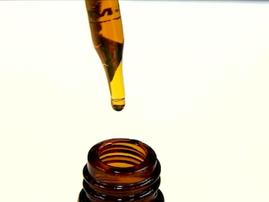 Nashville: Molecular Biologist Says She Saved Her Son's Life with CBD Oil