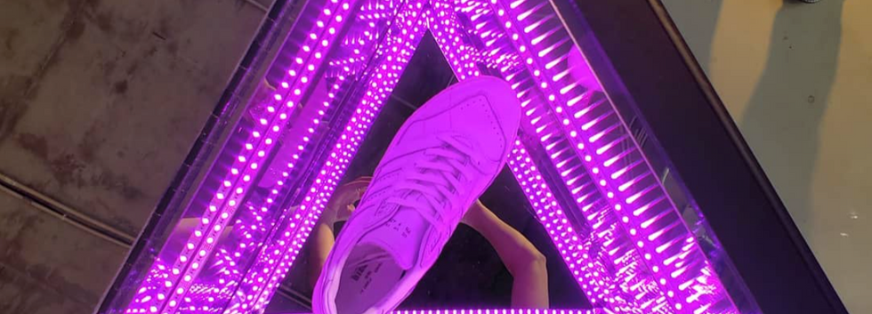 Adidas Store Infinity Mirror Display