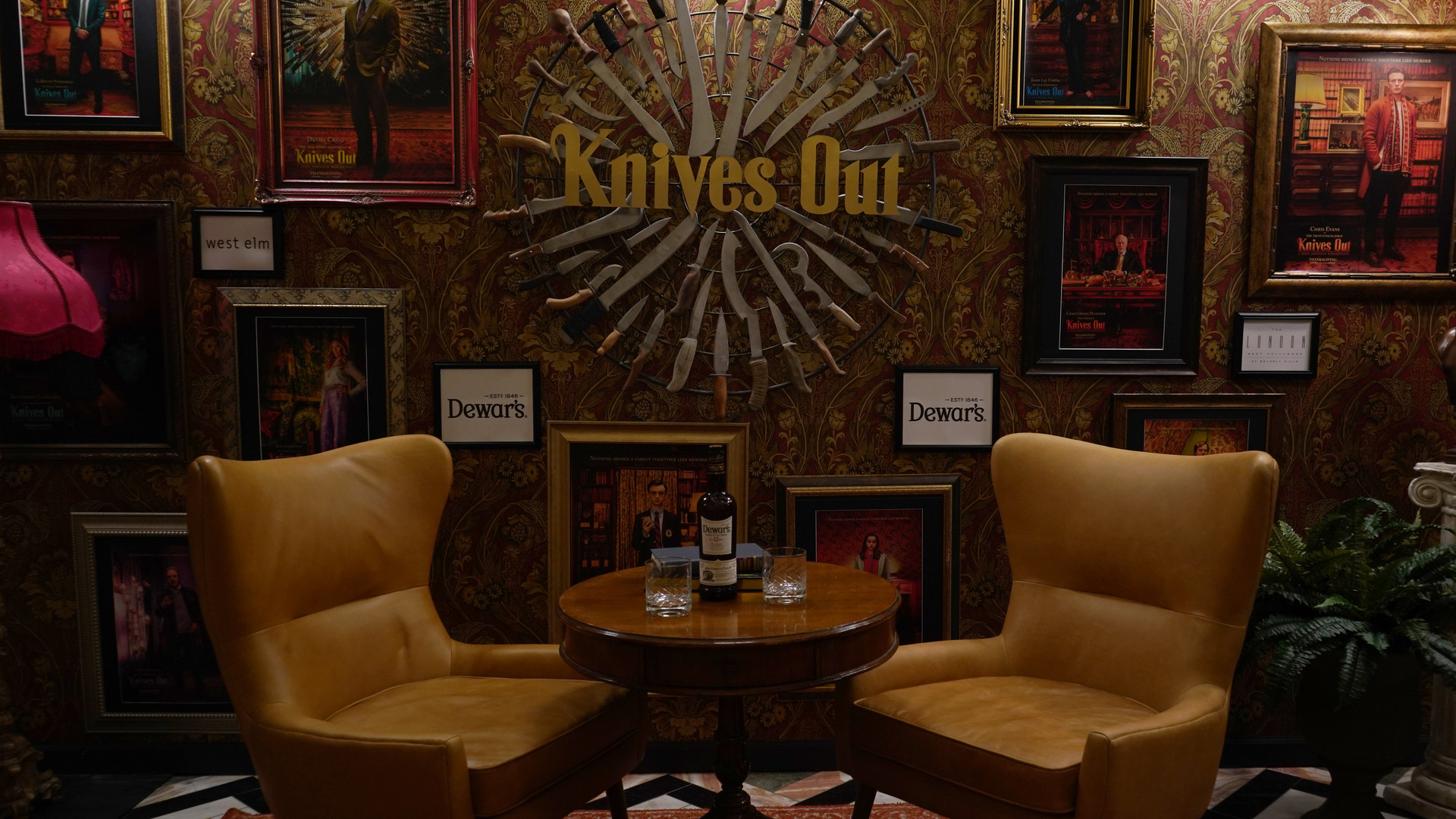 Knives Out Promotional Set