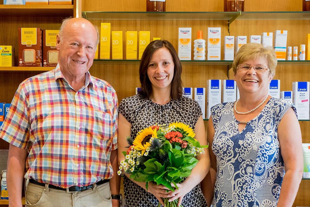 Familie Schachenmayer übergibt Marien Apotheke Zwiesel an Tamara Aschenbrenner