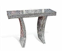 Mosaic console