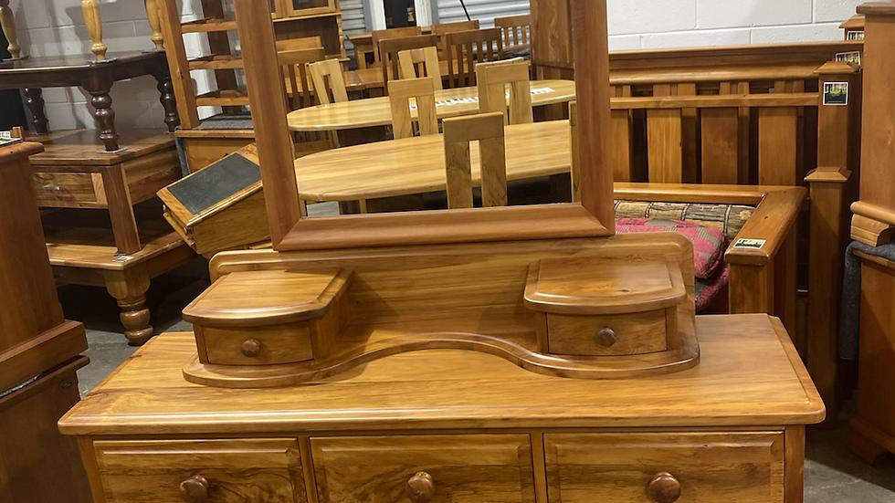 Millbrook Jamestown solid rimu 9 drawer dresser!