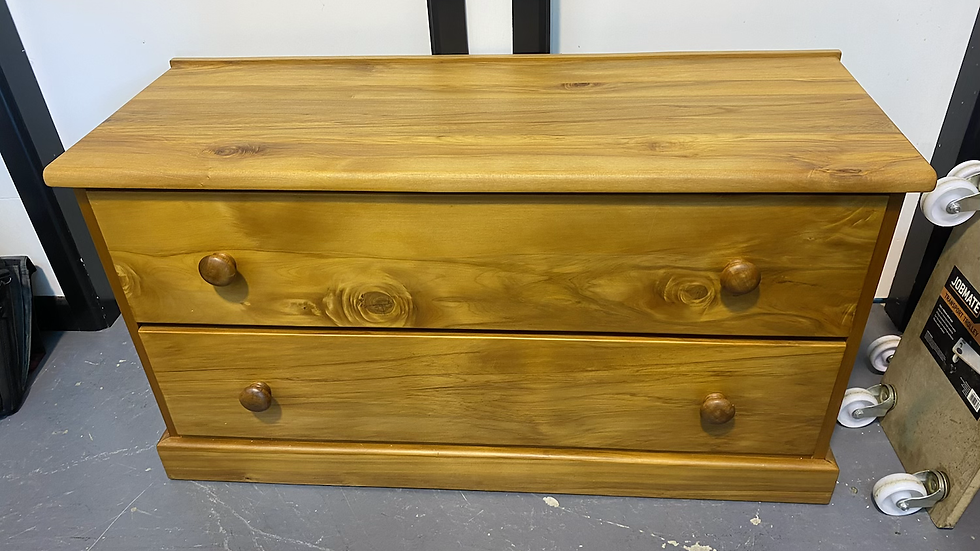 Solid rimu 2 drawer lowboy!