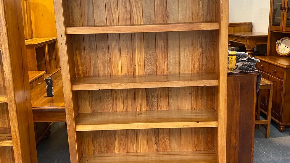 Solid rimu 4 shelve bookcase!