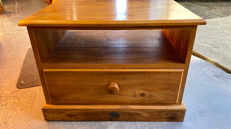 Town and country solid rimu entertainment unit!