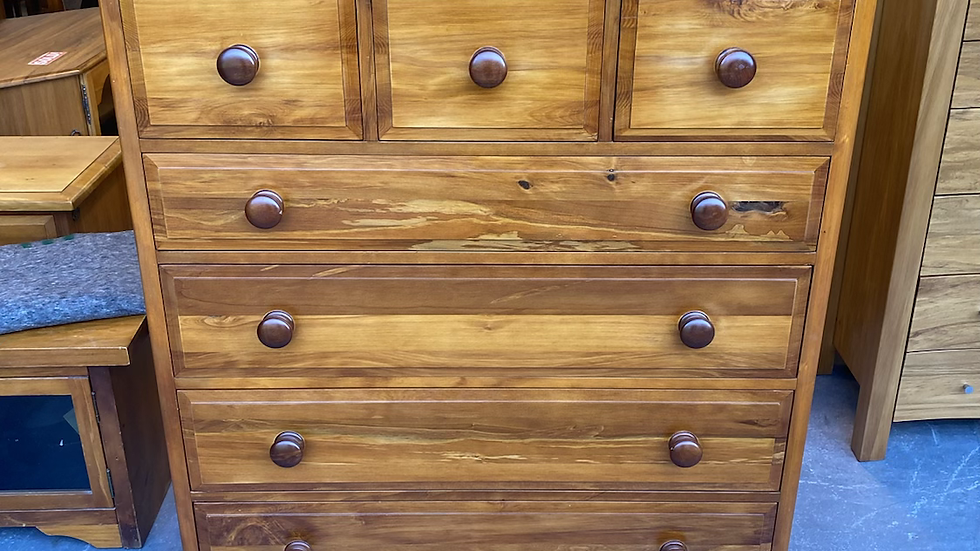 Woodpecker solid recycled rimu 7 drawer scotch chest!