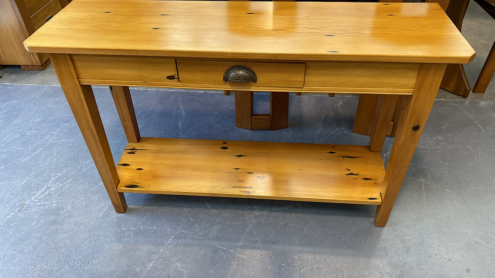Solid recycled rimu hall table!