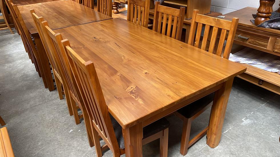 Woodpecker 7pcs dining suite!