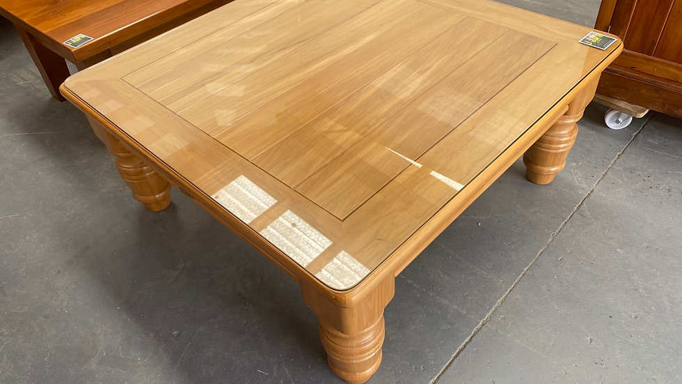1m x 1m solid rimu coffee table with glass top
