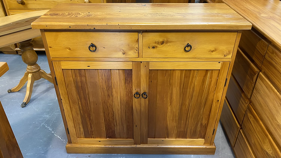 Solid recycled rimu 2 bay buffet!