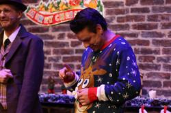 Fidget spinner Christmas sweater!