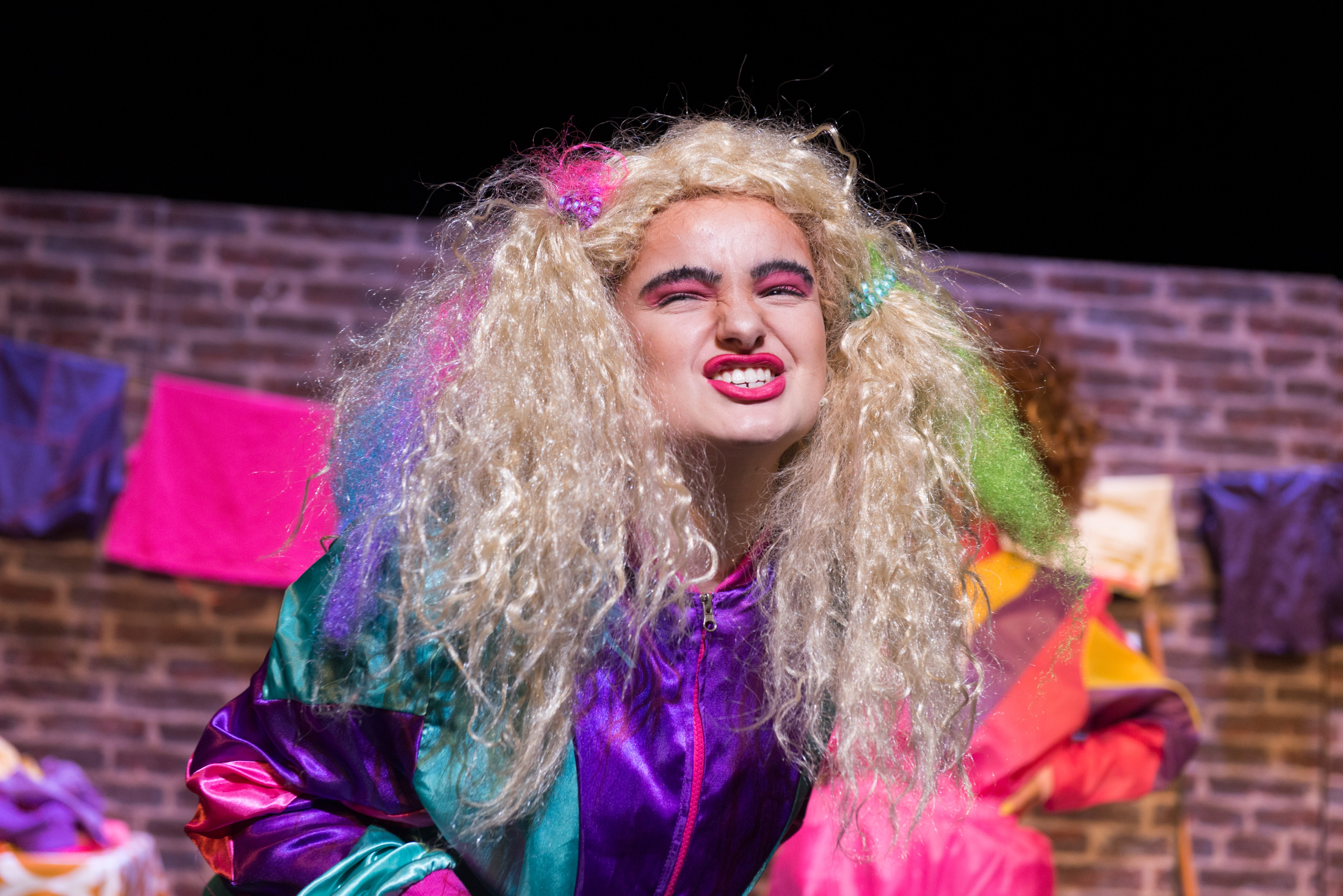 Alice Albon as Beatrice