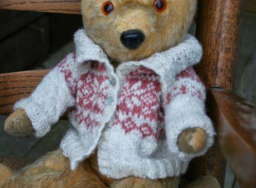 Edward Bear's Clothes - Cutting a Steek