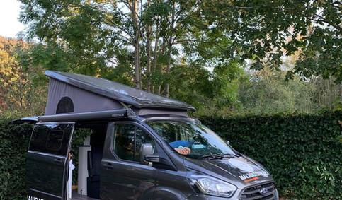 Van camping Jura.jpg