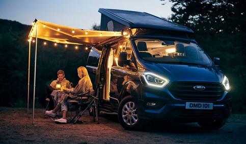 van life by night.jpg