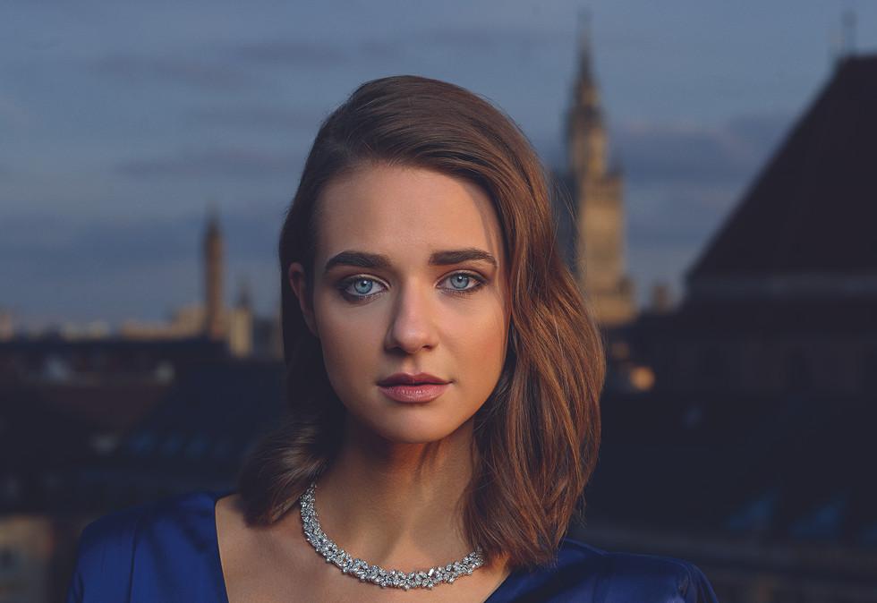 Sophia Julia Schützinger by Bela Raba for Juwelier Fridrich