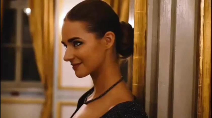 Sophia Julia Schützinger als Model für Juwelier Fridrich
