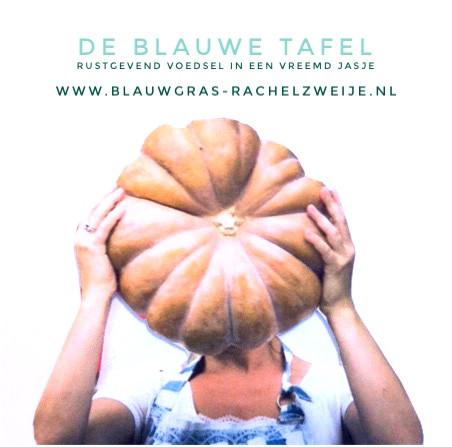 DE BLAUWE TAFEL rustgevend voedsel in een vreemd jasje
