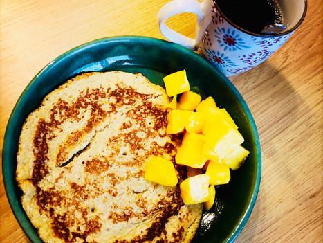 Pancake à la banane et aux flocons d'avoine
