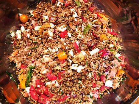 Salade de lentilles d'été au saumon fumé