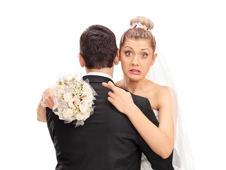 """7 modi """"sbagliati"""" di approcciarsi alla scelta dell'abito da sposa"""