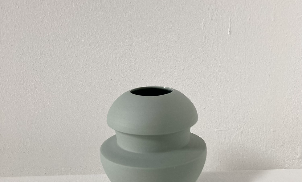 197 - 365 - pale green