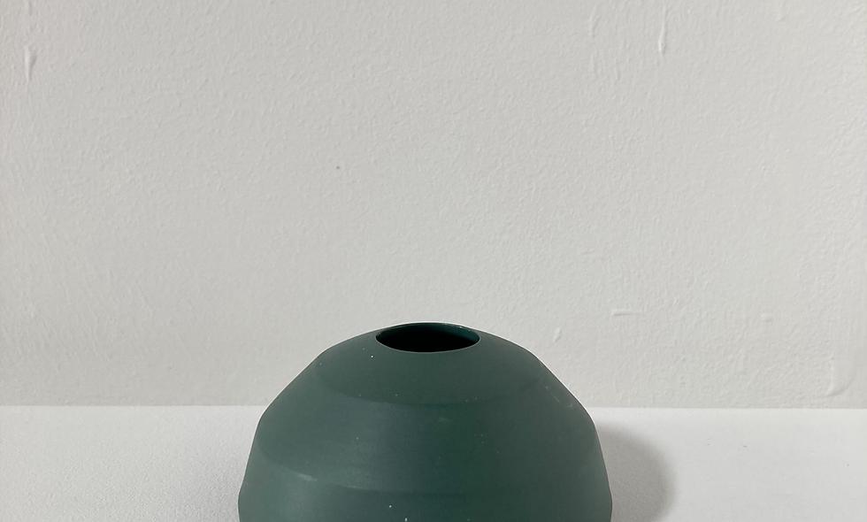 176 -365 - dark green speckled