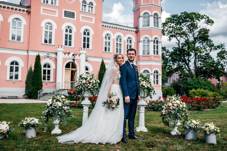 Свадьба в замке.