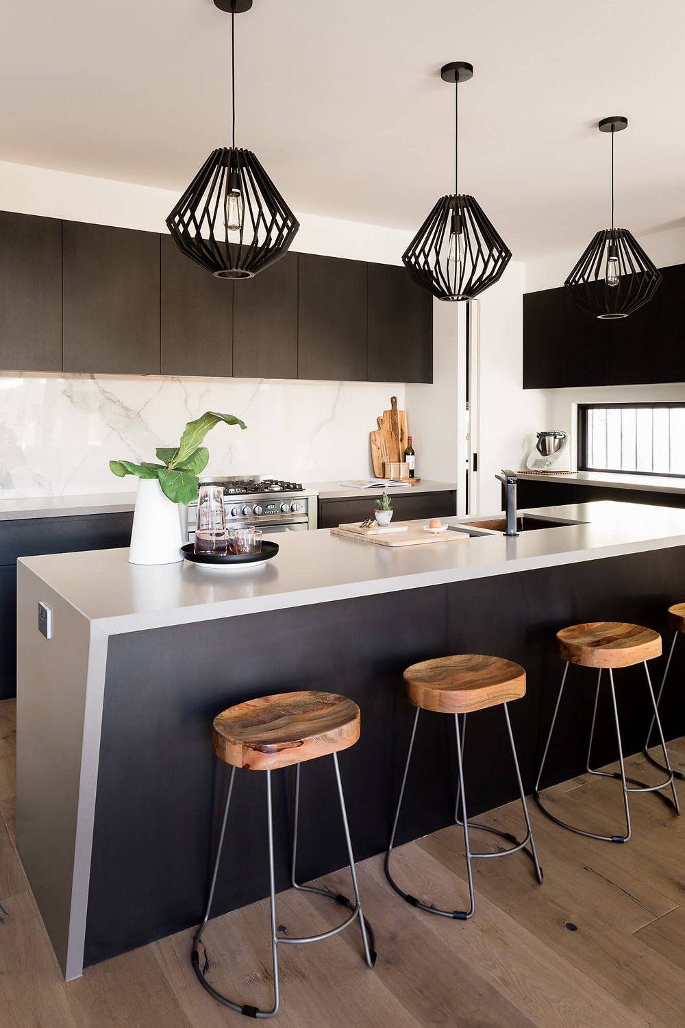kitchen island bench with pendant light