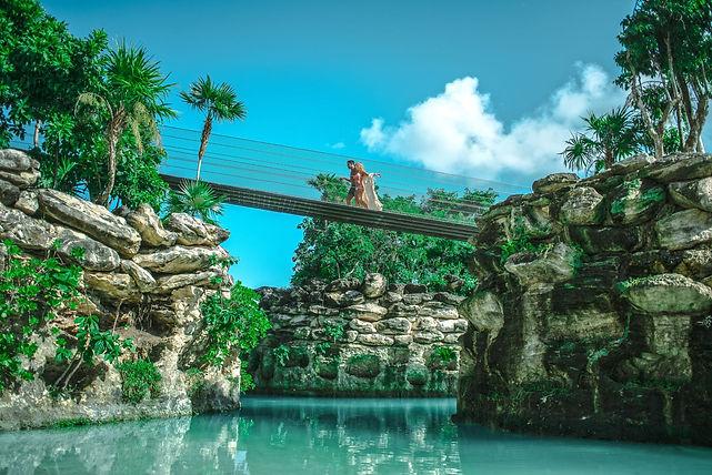 Splash Pool 1 - Pablo E. Gonzalez.jpg