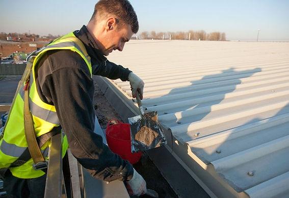 Mantenimiento de cubiertas industriales