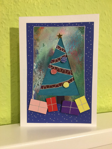 Design 2 Christmas Tree with gifts