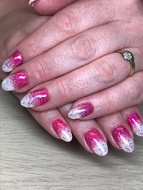 Sparkly glitter fade nails
