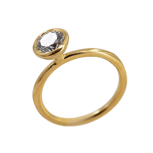 Carat Diamond standing Ring