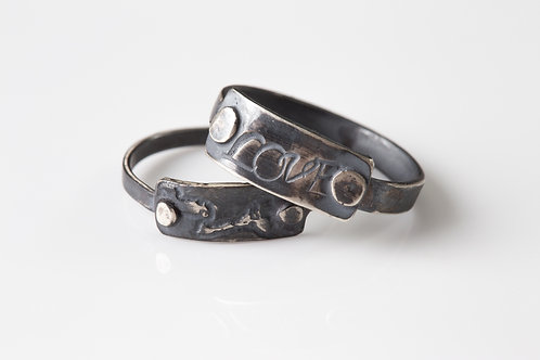 Rivets Rings
