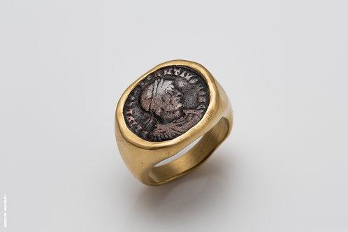 Gold Seal & Antique Coin