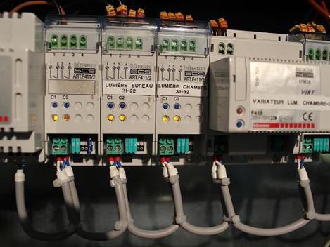 A2CS Domotique: Appartement en MyHome gestion éclairage, énergie et volet.