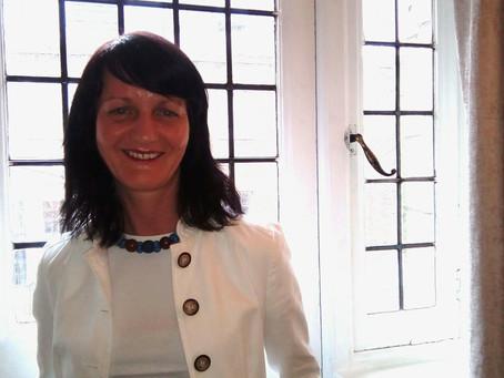 5* Reviews | Consultancy | Mentoring | Training | Rebecca Jones | USA | UK | Worldwide |