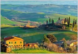 tuscany-hills-view